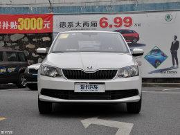 8万元小型车 斯柯达晶锐对比本田飞度
