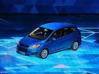 福特C-MAX混动售21.38万 综合油耗2.1L