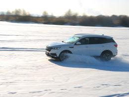 太阳岛上的舞者 众泰T500驭雪破冰体验